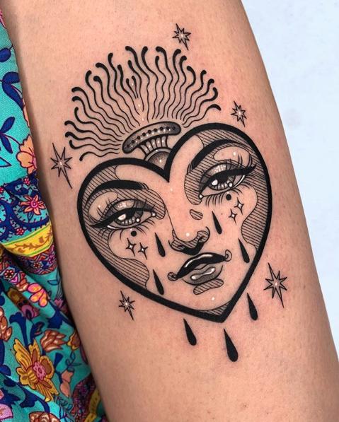 Sara Rosa Tattoo - Black Ship Tattoo Barelona