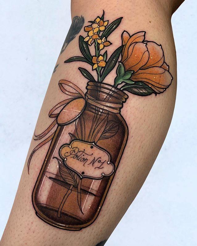 Sara Rosa Tattoo - Black Ship Tattoo Barcelona